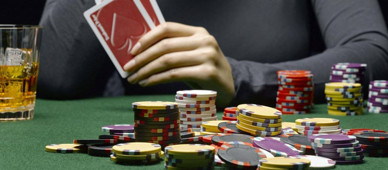 4 Reasons That Make Poker The Best One To Put Money On At The Casino
